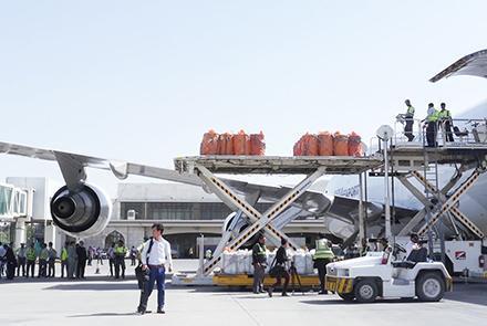 صادرات ۴۴۰۰ تُن فرآوردههای کشور از راه دهلیزهوایی , افغان تراول afghantravelaf
