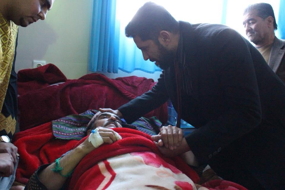 خوشنواز خواننده محبوب آهنگ «سرپل مالان» در بستر بیماری , افغان تراول afghantravelaf